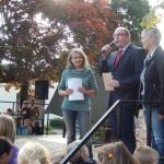 Schirmherrin, Schulleiterin und Stadtbürgermeister bei der Eröffnung