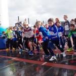 Beim Start des 800m-Laufs der Jungen