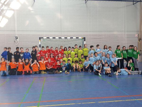 handballfest zum 5 handball schulklassenturnier des hsc schweich grundschule am bodenl ndchen. Black Bedroom Furniture Sets. Home Design Ideas